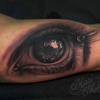 Maui Meherzi - Opus Magnum Tattoo Studio Wien - 3D Eye Tattoo