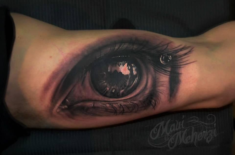 Maui Meherzi - Opus Magnum Tattoo Studio Wien - 3D Eye Tattoo