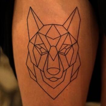 Opus Magnum Tattoo Wien Wolf Tattoo lines fani sofian meherzi filigran filigree lining black cheyenne tatouage τατουά ζ タトゥー 黥