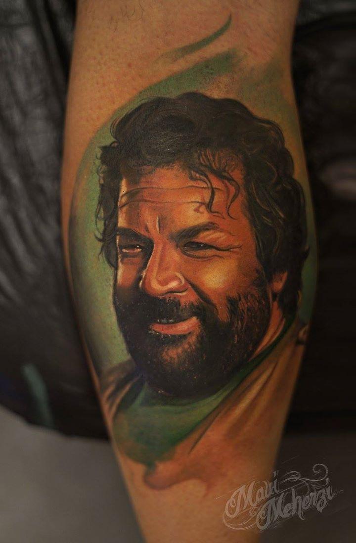 Maui Meherzi - Opus Magnum Tattoo Studio Wien - Bud Spencer Tattoo Portrait
