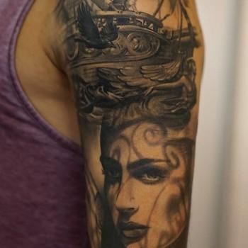 Maui Meherzi - Opus Magnum Tattoo Studio Wien - Portrait Tattoo