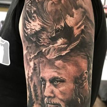 Vikings Tattoo Ragnar Wikinger Tattoo Wien Portrait Opusmagnum