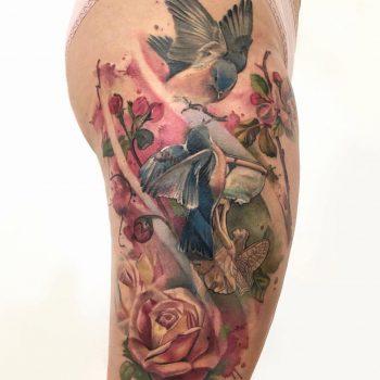 Maui Meherzi - Opus Magnum Tattoo Studio Wien - Fotorealistische Vögel