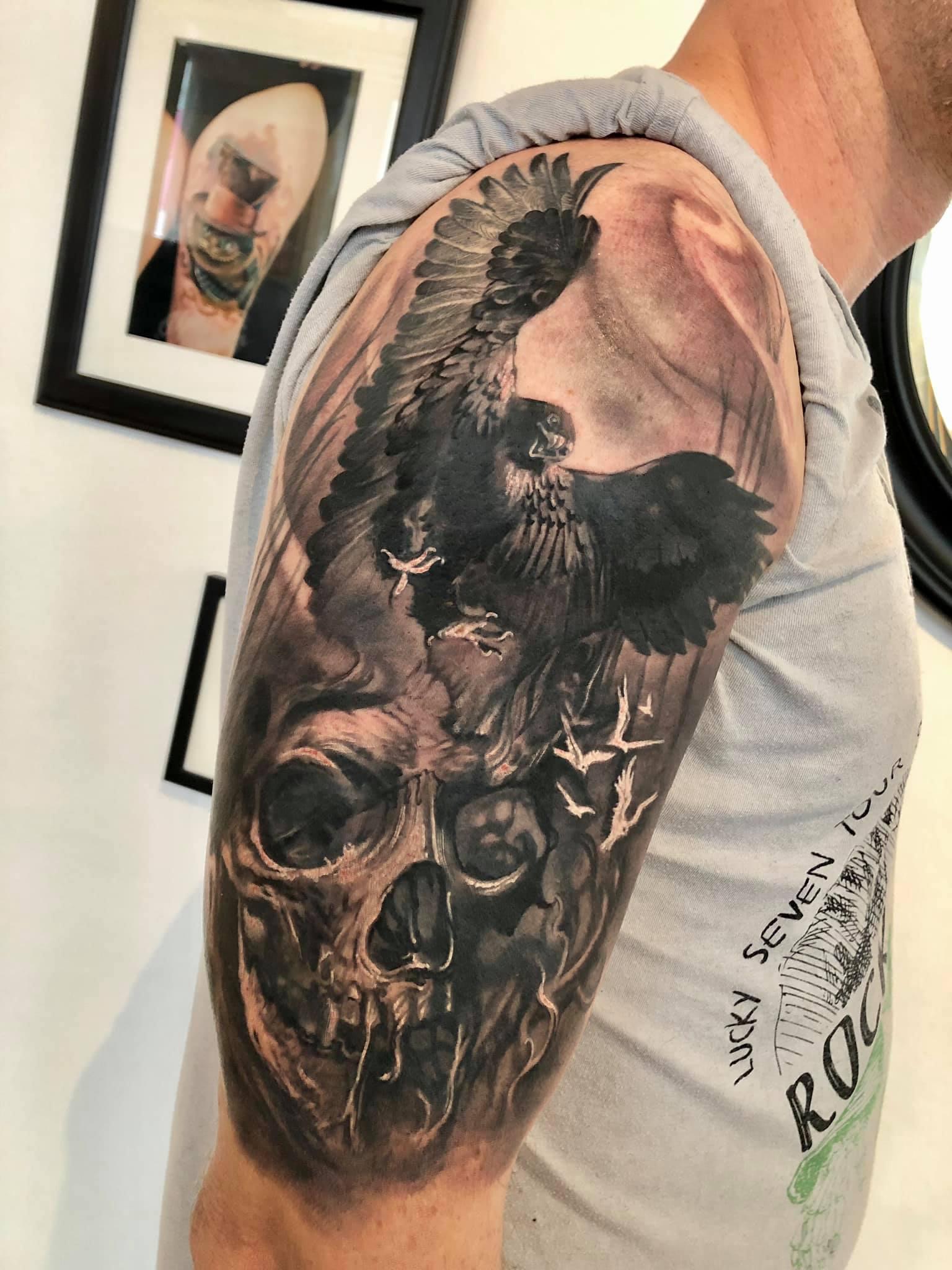 Maui Meherzi - Opus Magnum Tattoo Studio Wien - Fotorealismus - Skull