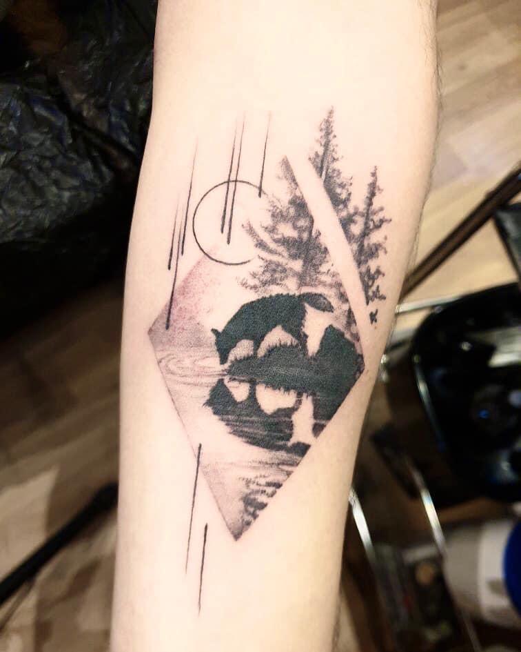 Maui Meherzi - Opus Magnum Tattoo Studio Wien - Wolf black and grey