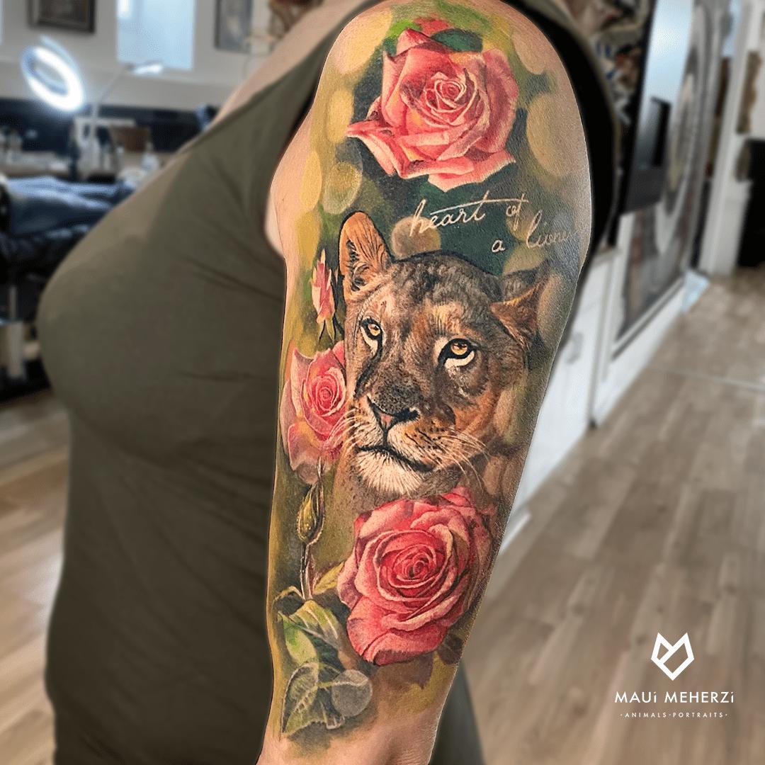 Maui Meherzi - Opus Magnum Tattoo Studio Wien Full Color Lion Tattoo