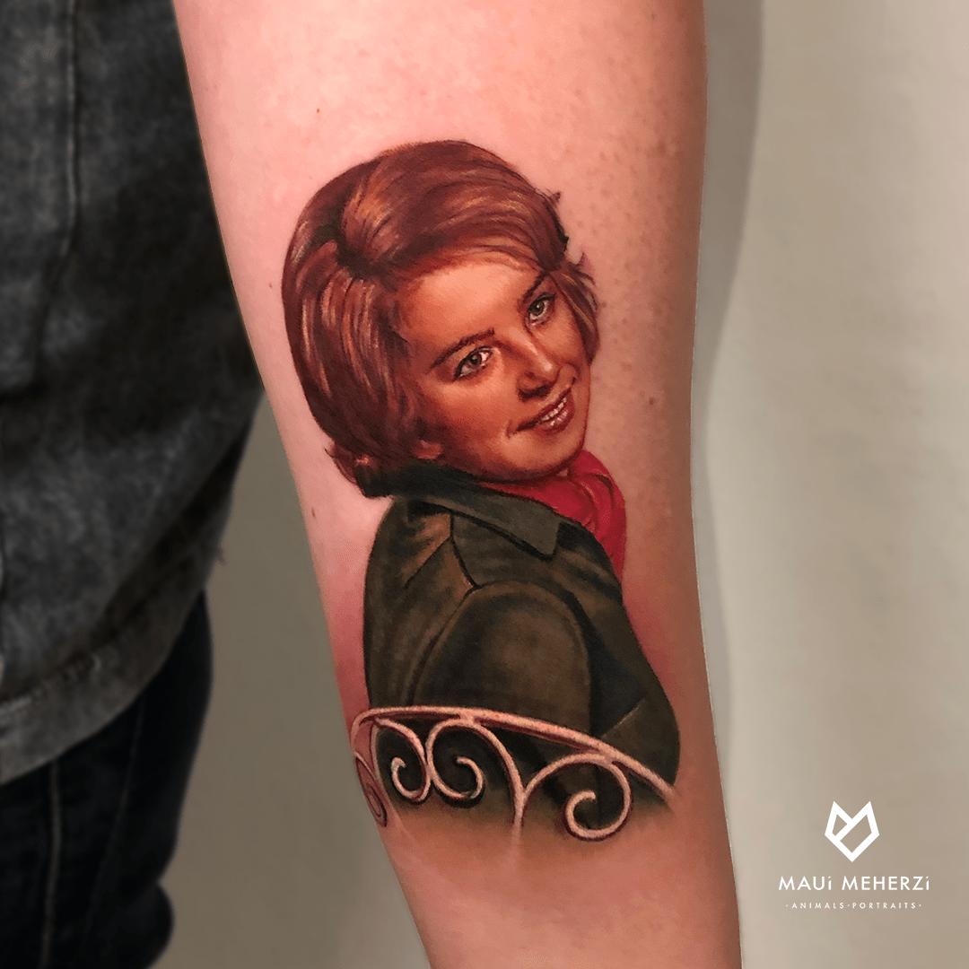 Maui Meherzi  Opus Magnum Tattoo Studio Wien Portrait Realism Tattoo