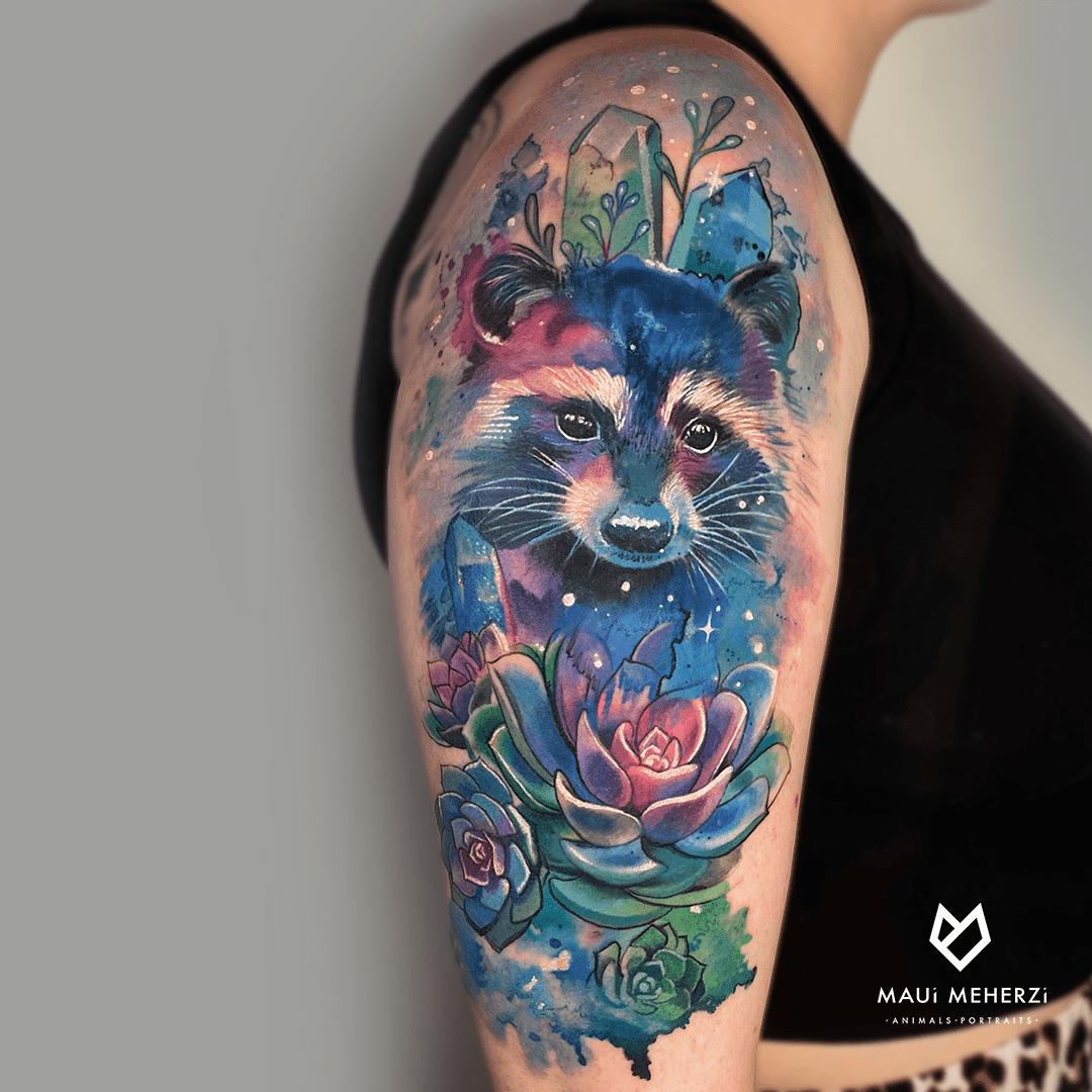 Maui Meherzi - Opus Magnum Tattoo Studio Wien Full Color Racoon Tattoo