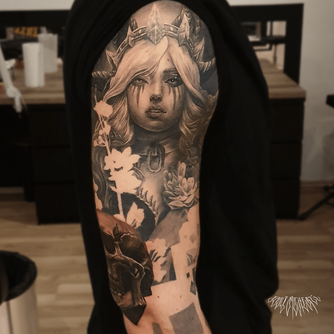 fanimeherzi opusmagnum wien vienna tattoo black and grey realism fullsleeve portrait